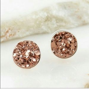 Jewelry - Beautiful Rose Gold Earrings